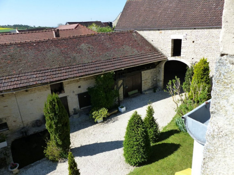 Vente maison / villa Stigny 240000€ - Photo 9