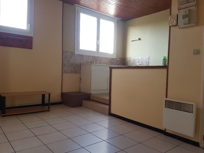 Location appartement Aire sur l adour 365€ CC - Photo 1
