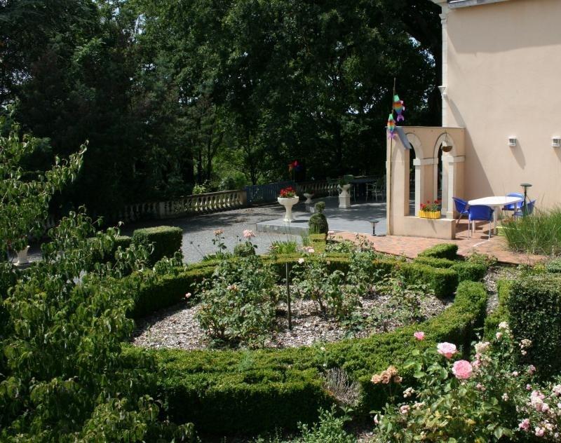 Sale house / villa St jean de la motte 407000€ - Picture 6
