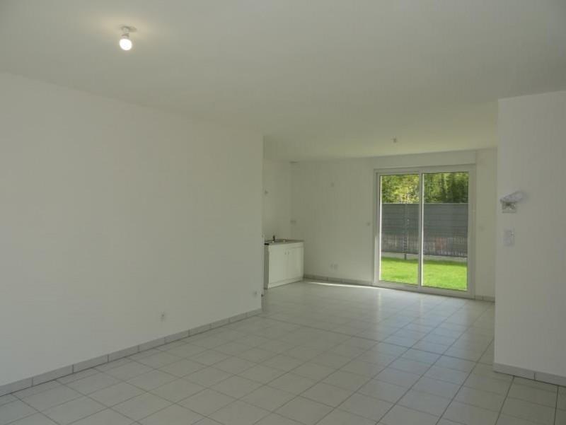 Sale house / villa Breval 220000€ - Picture 3