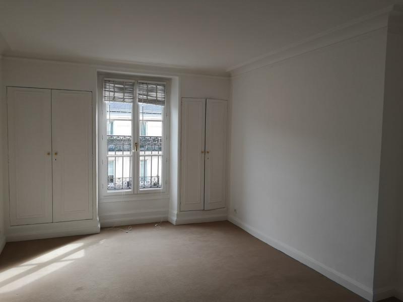Rental apartment Paris 8ème 3970€ CC - Picture 2