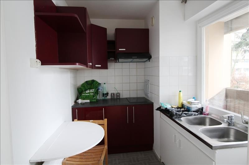Location appartement Elancourt 712€ CC - Photo 3