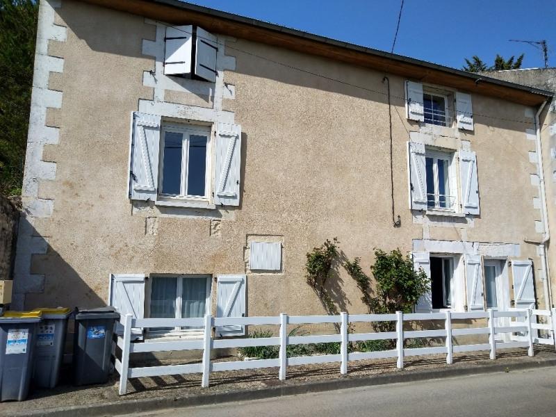 Vente maison / villa Migne auxances 165850€ - Photo 1