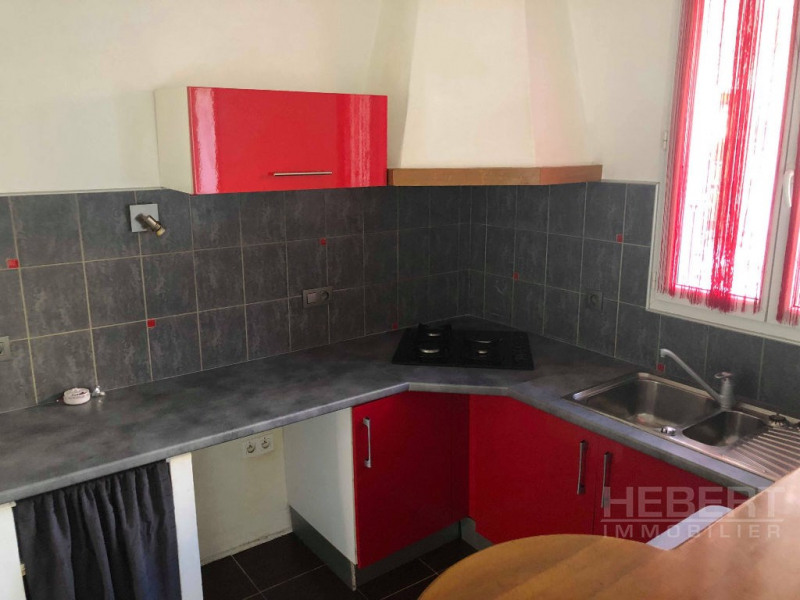 Rental apartment Sallanches 580€ CC - Picture 5