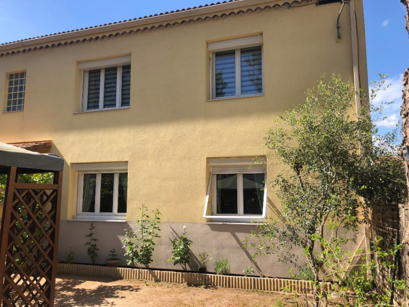 Location appartement Velaux 897€ CC - Photo 4