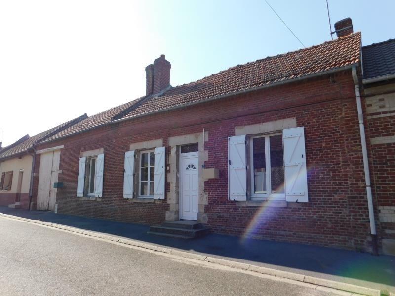 Sale building Tricot 166000€ - Picture 1