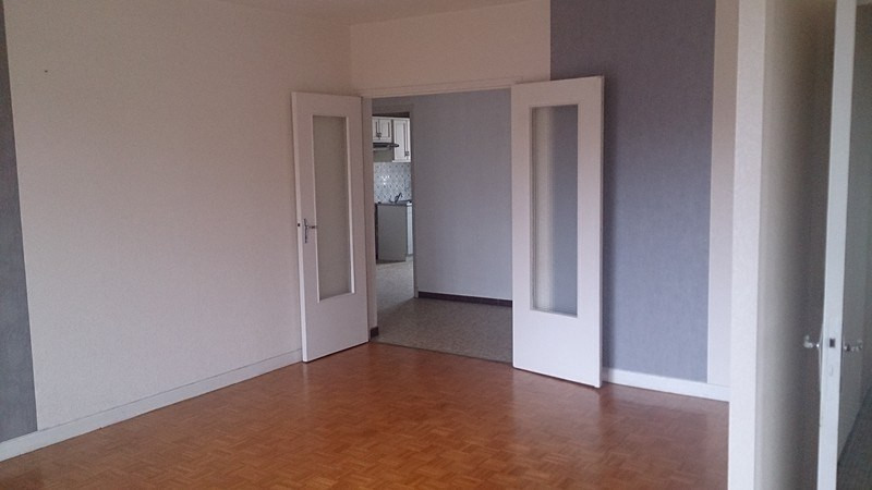 Rental apartment Onet-le-chateau 509€ CC - Picture 3