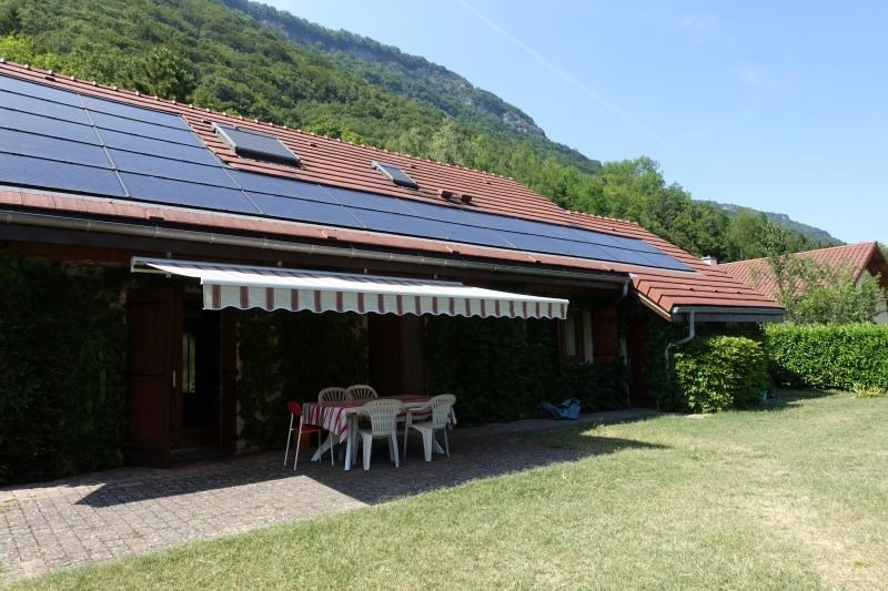 Sale house / villa La flachère 380000€ - Picture 2
