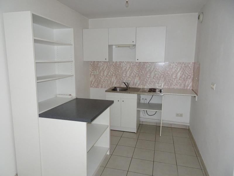 Location appartement Villefranche 500€ CC - Photo 2