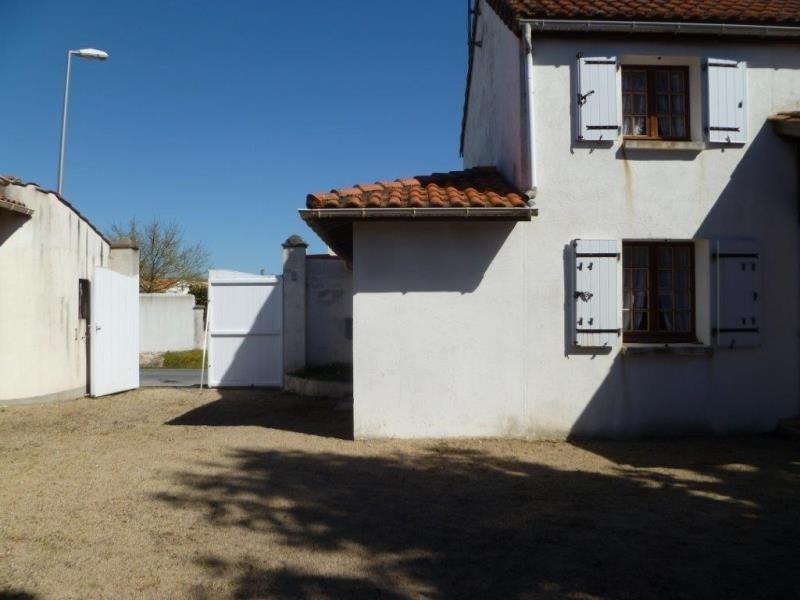 Vente maison / villa Le chateau d'oleron 241000€ - Photo 10