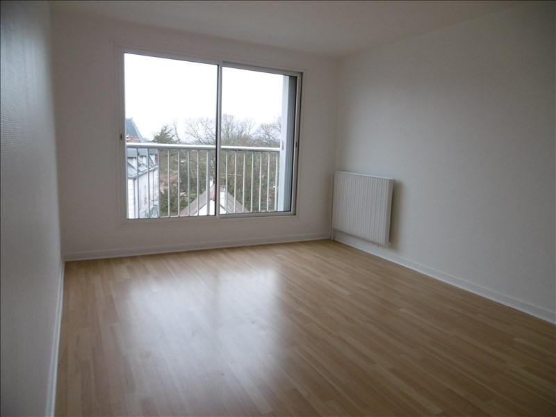 Rental apartment Bures sur yvette 838€ CC - Picture 3