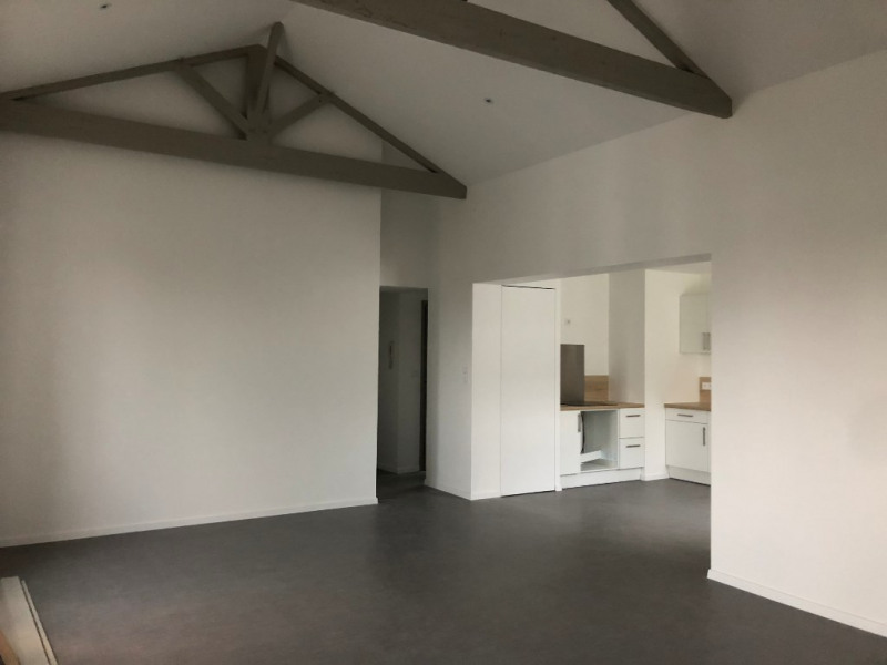 Location appartement La rochelle 845€ CC - Photo 8