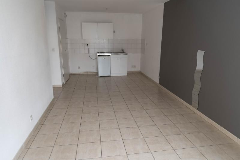 Rental apartment Bellegarde sur valserine 631€ CC - Picture 3