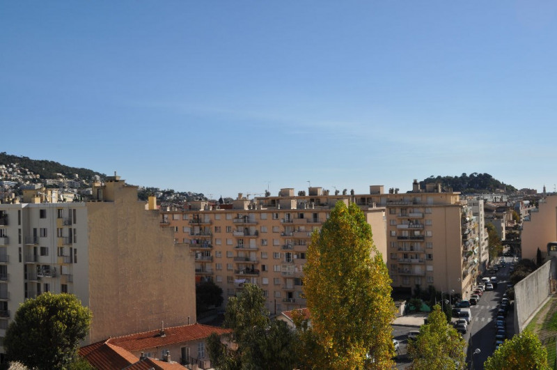 Sale apartment Nice 237 000€ - Picture 3
