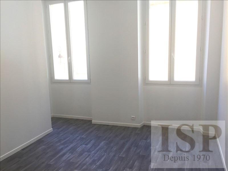 Location appartement Aix en provence 566€ CC - Photo 2