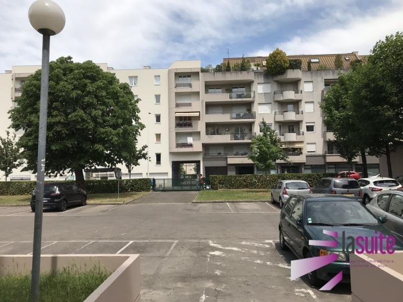 Sale parking spaces Lyon 3ème 14000€ - Picture 2