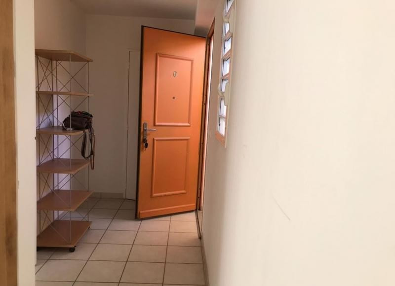 Location appartement Riviere salee 550€ CC - Photo 8