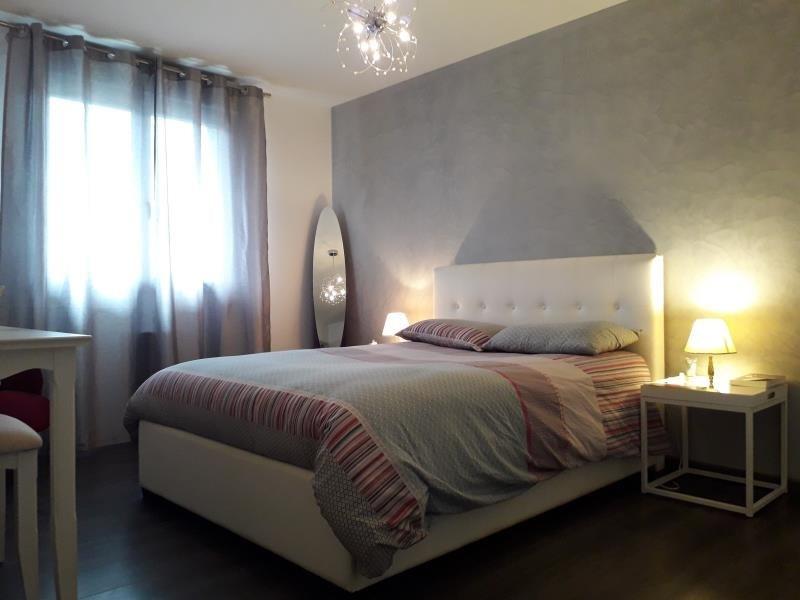 Revenda casa Frontenex 294000€ - Fotografia 5