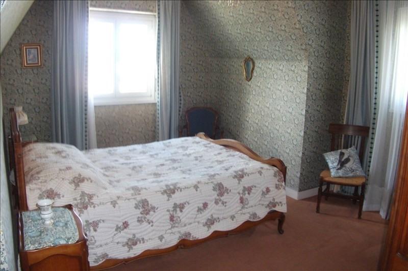 Sale house / villa Plouhinec 270920€ - Picture 8