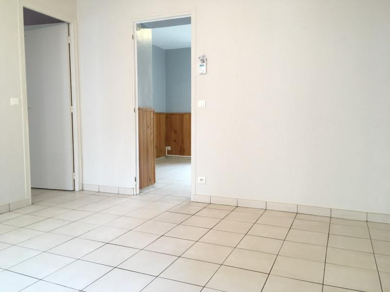 Rental apartment Pierrelaye 698€ CC - Picture 4