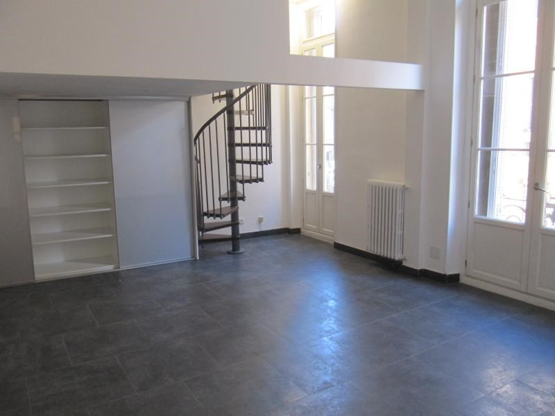 Rental empty room/storage Aix en provence 2 585€ CC - Picture 1