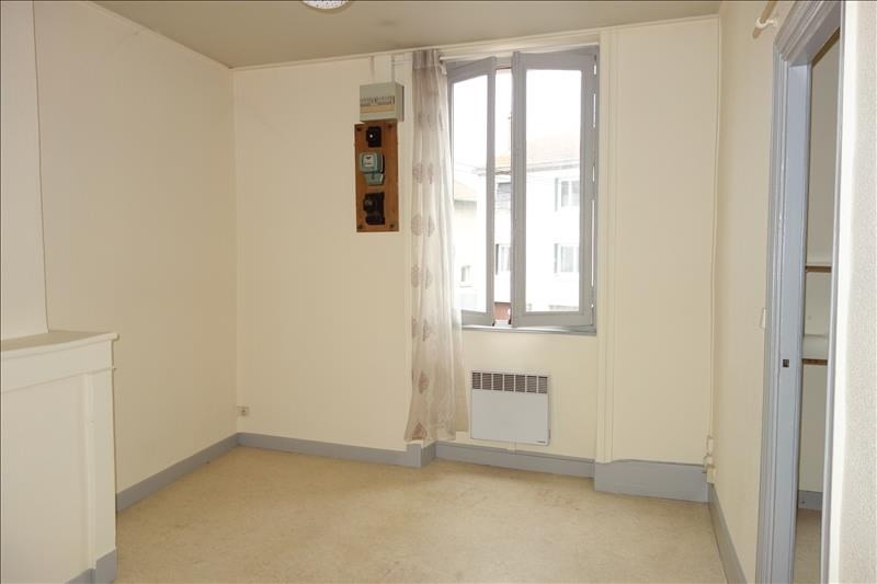 Location appartement Roanne 250€ CC - Photo 3