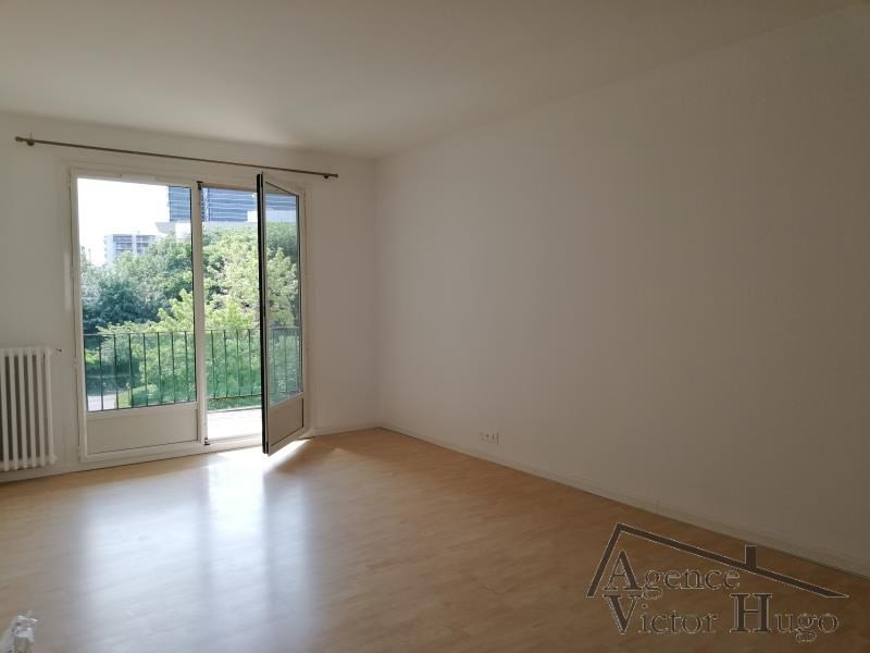 Location appartement Rueil malmaison 1 490€ CC - Photo 2