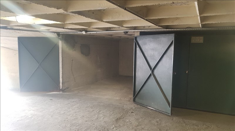 Location parking Paris 18ème 180€ CC - Photo 4