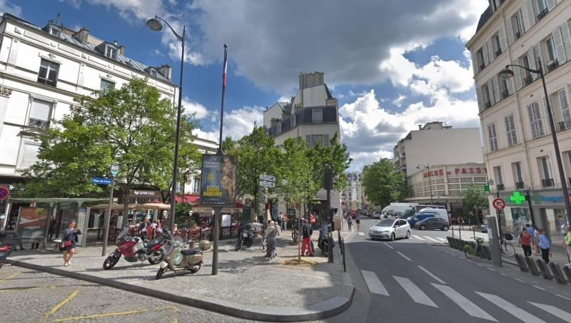 Commercial property sale shop Paris 16ème 265 000€ - Picture 1