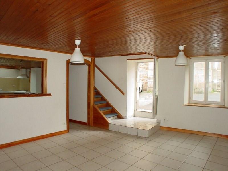 Sale house / villa Montfaucon en velay 79000€ - Picture 2