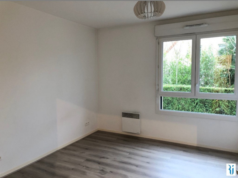 Rental apartment Mont saint aignan 797€ CC - Picture 3