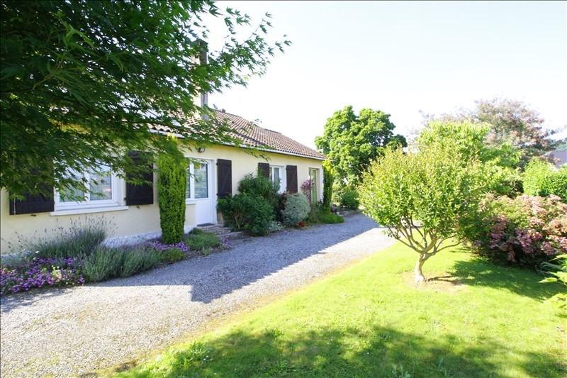 Maison plain-pied bordés - 5 pièce (s) - 140 m²