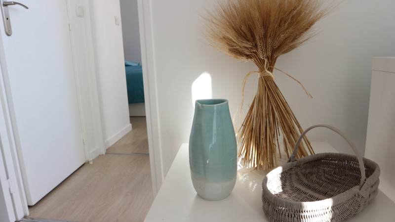 Location appartement Fontainebleau 920€ CC - Photo 2