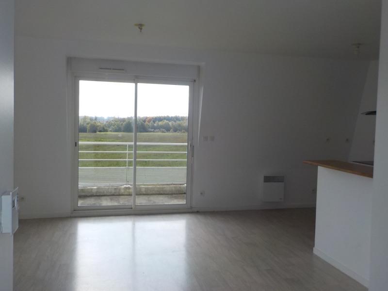 Sale apartment Saint-méen-le-grand 85000€ - Picture 2