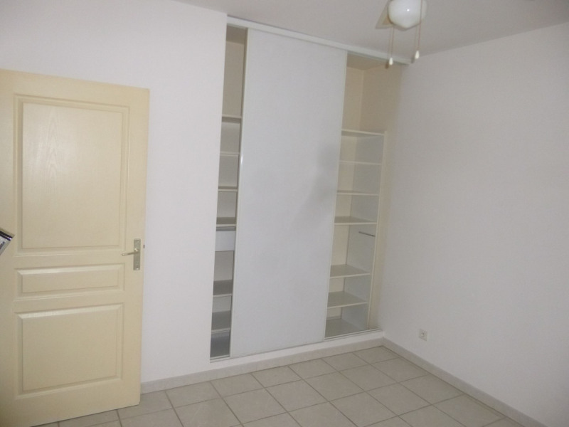 Rental apartment Sorgues 660€ CC - Picture 3