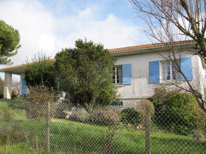 Sale house / villa Chaillevette 212500€ - Picture 2