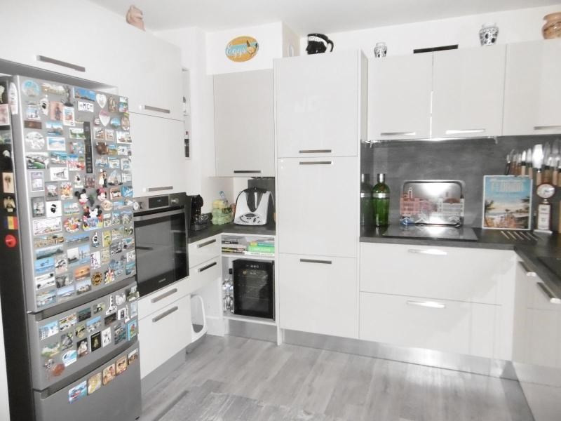 Sale apartment Vichy 286 000€ - Picture 2