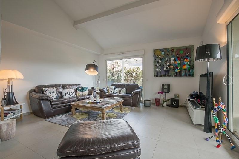 Vente de prestige appartement Bouc bel air 821000€ - Photo 2