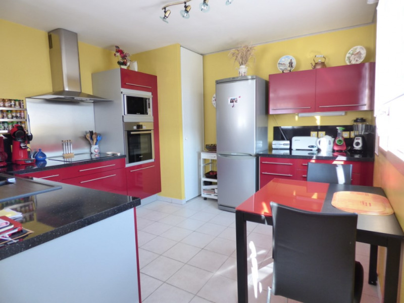Sale apartment Les andelys 205000€ - Picture 4