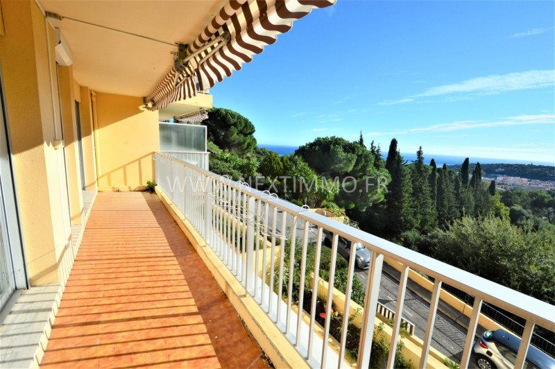 Location appartement Menton 990€ CC - Photo 1