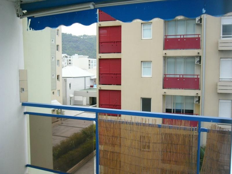 Rental apartment St denis 666€ CC - Picture 6