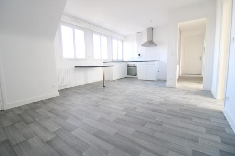 Rental apartment Lorient 620€ CC - Picture 1