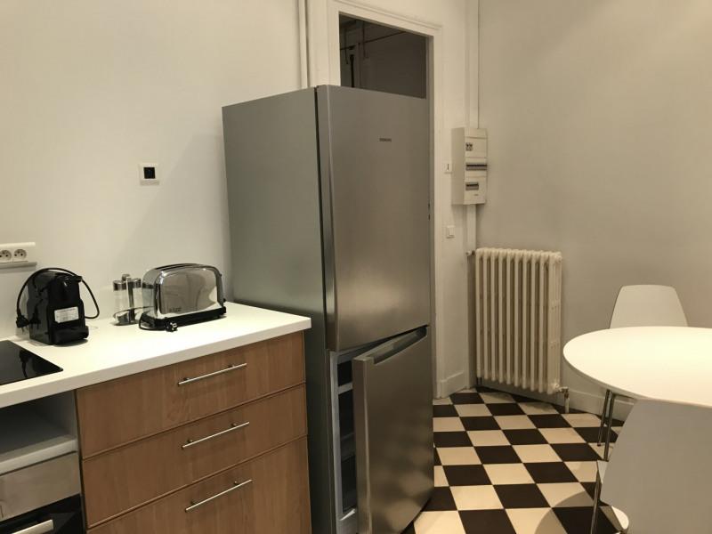 Location appartement Paris 8ème 3000€ CC - Photo 10