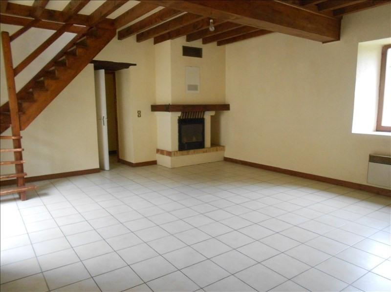 Rental house / villa Fontaine macon 730€ CC - Picture 1
