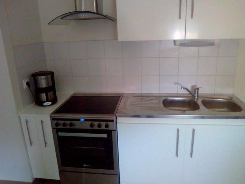 Rental apartment Horgues 350€ CC - Picture 3