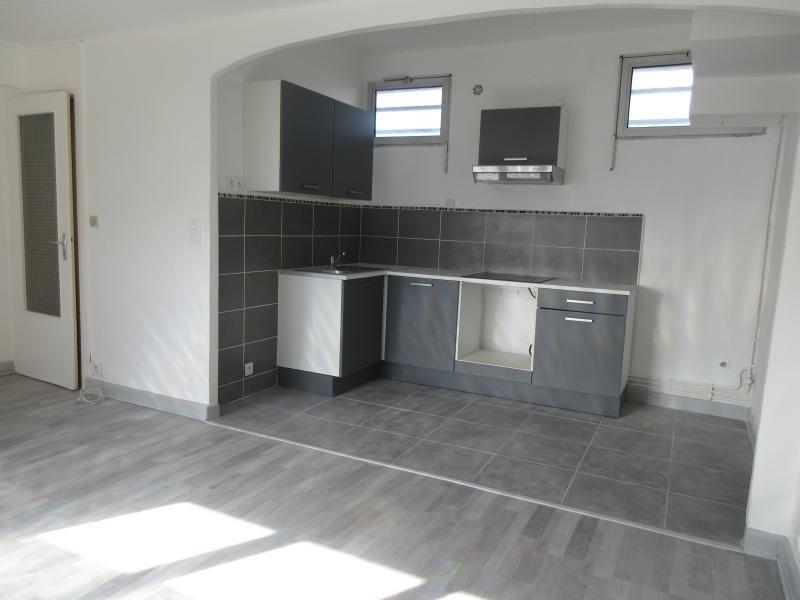 Vente appartement Genay 125000€ - Photo 2