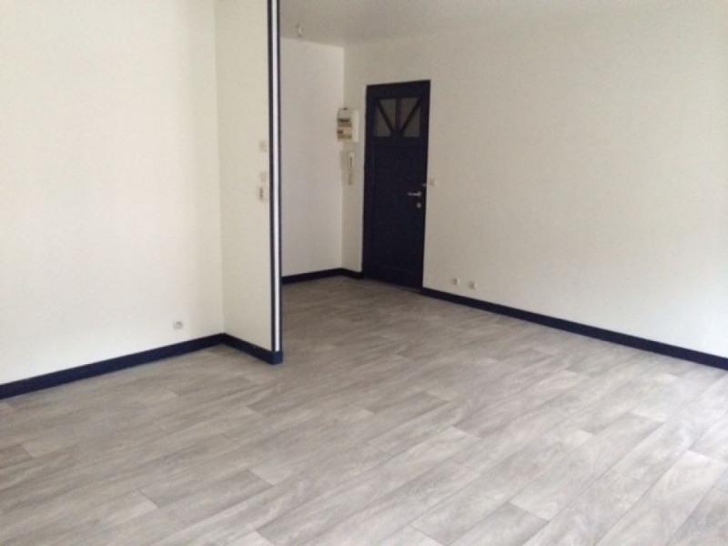 Rental apartment Saint quentin 490€ CC - Picture 3
