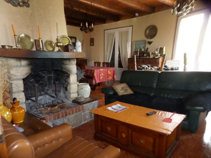 Sale house / villa St martin de fugeres 181500€ - Picture 5