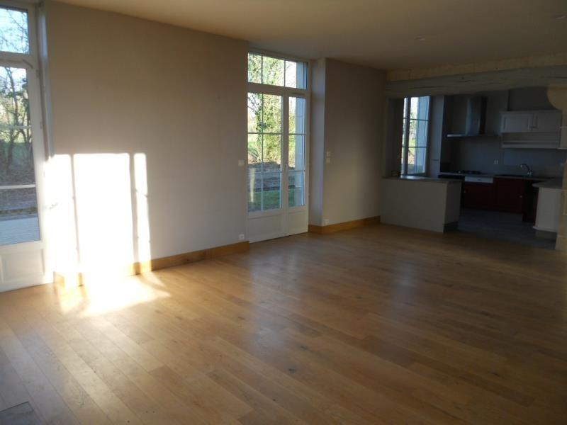 Vente maison / villa Coulon 220500€ - Photo 4