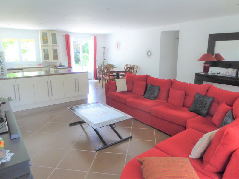 Vente maison / villa Mennecy 345 000€ - Photo 3